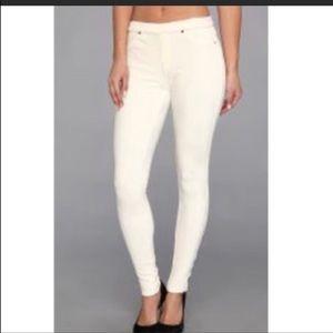 New Hue white leggings